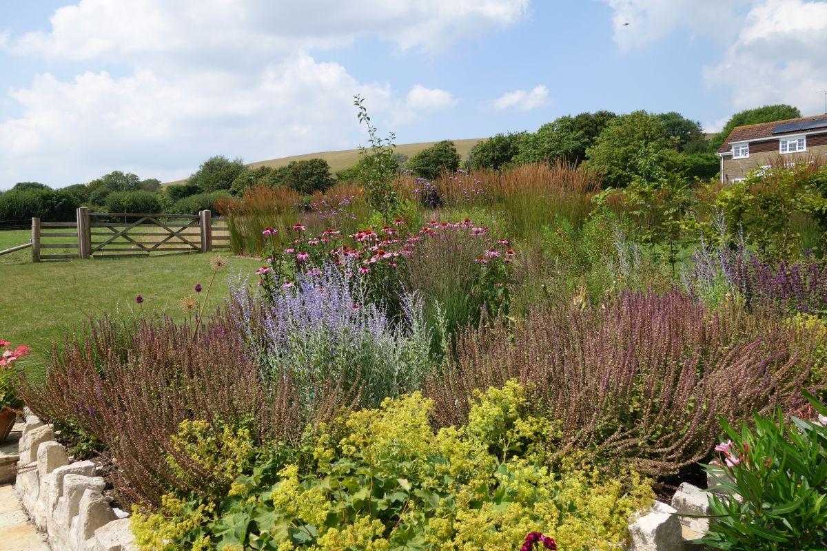 Country Gardens & Landscapes Archives - Hugo Bugg Landscapes