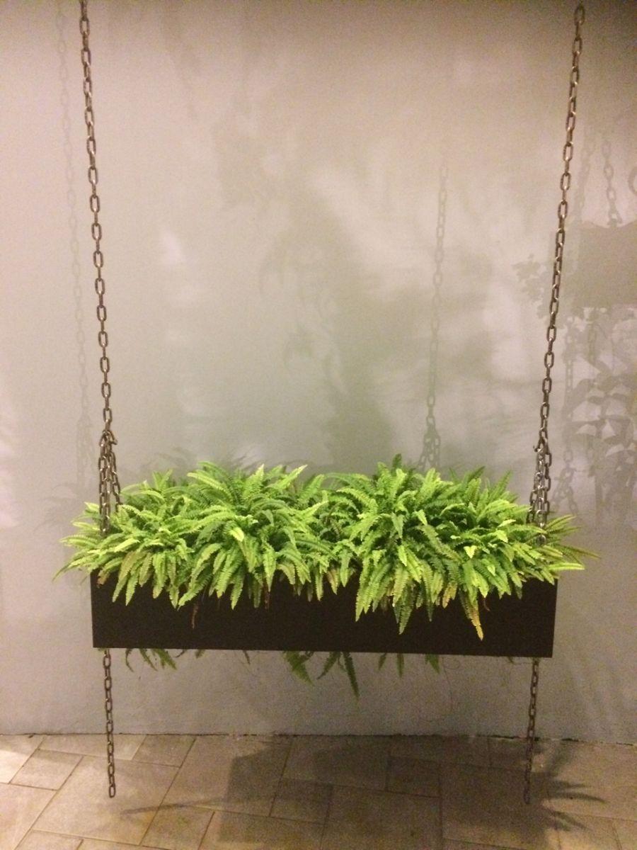 Raised planter