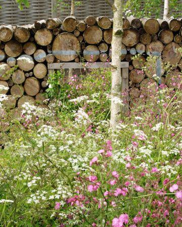 Log wall (Future Gardens)
